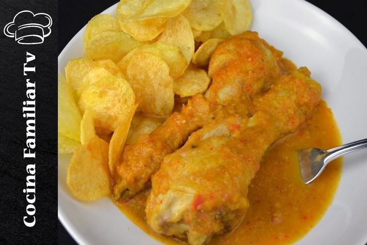 Muslos de pollo con salsa de verduras y patatas chips l Cocina familiar TV