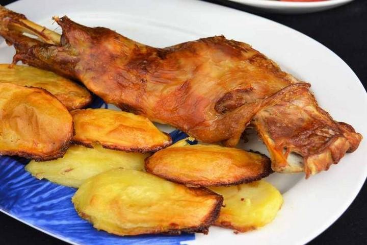 Paletillas de cordero asadas con patatas. Programa nº 148