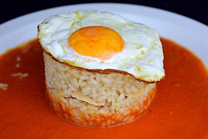 Pastel de arroz con atún, huevo y freitada. Programa nº 171