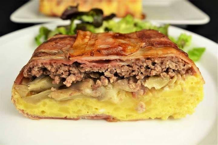 Pastel de carne con setas y tortilla de patata. Programa nº 110