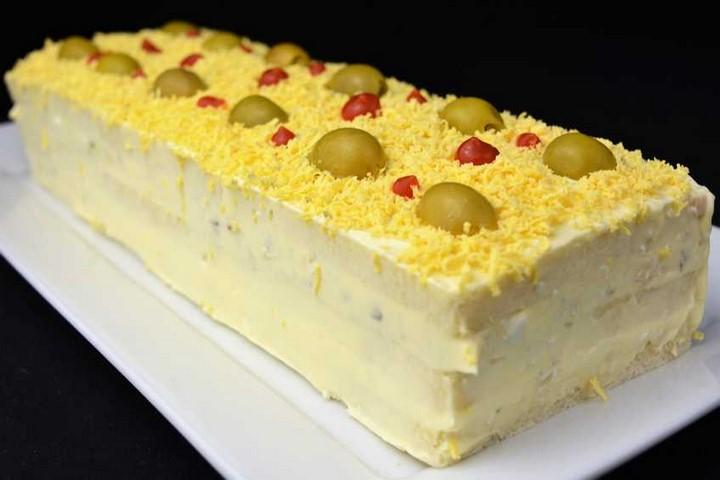 Pastel de pan de molde con ensaladilla de atún. Programa nº 85