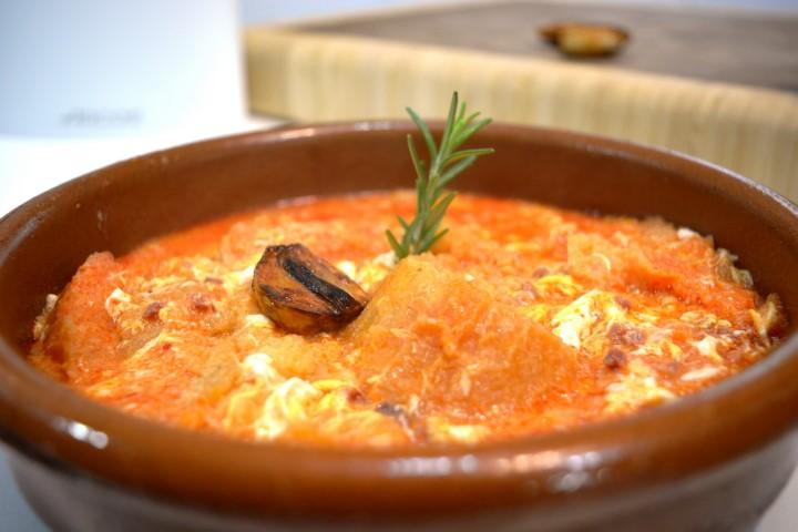 Sopa de ajo al estilo castellano
