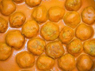 Albóndigas de pollo con salsa de piquillo. Programa nº 129