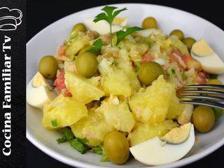 Ensalada campera y Huevos rellenos de atún l Cocina familiar TV